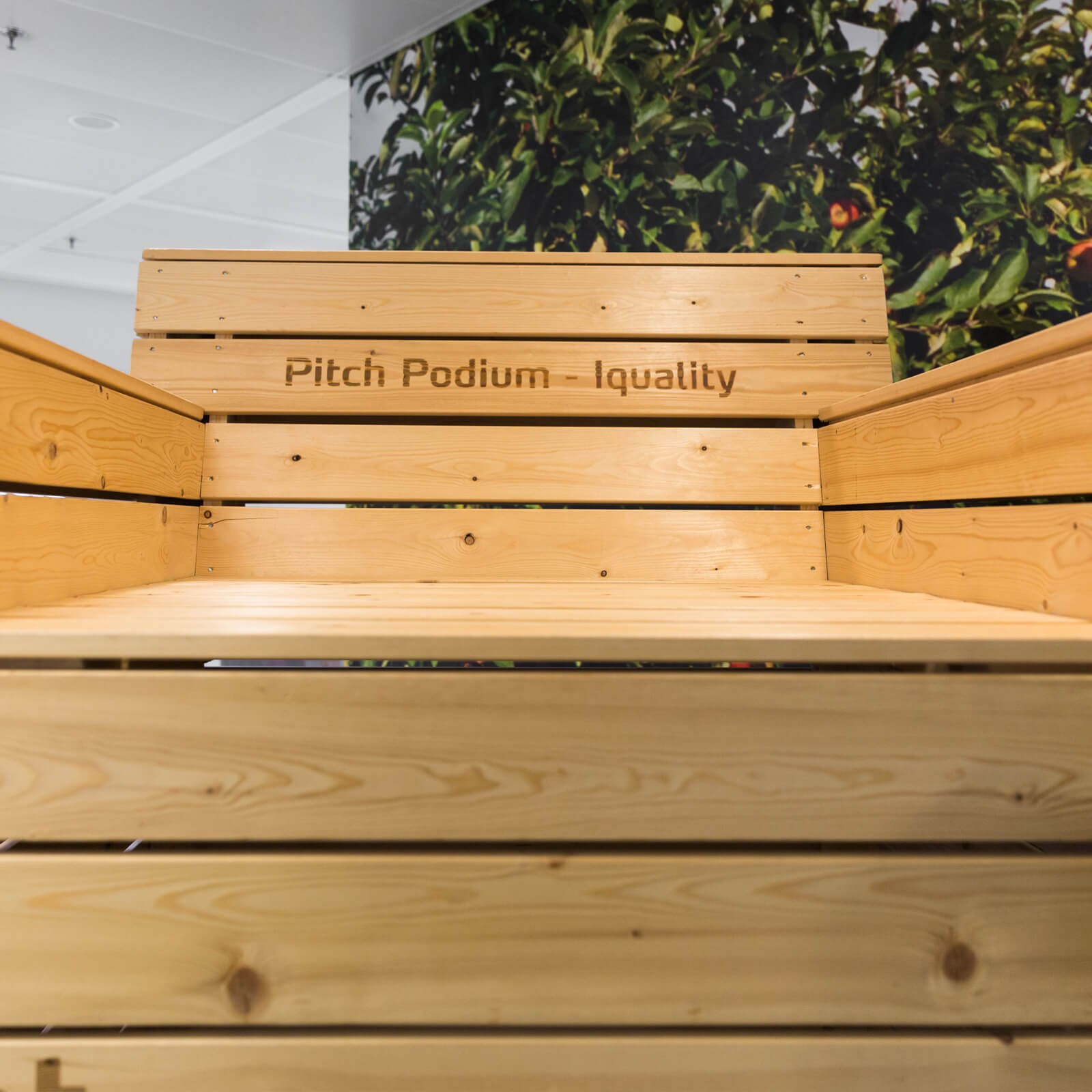 Pitchpodium Iquality